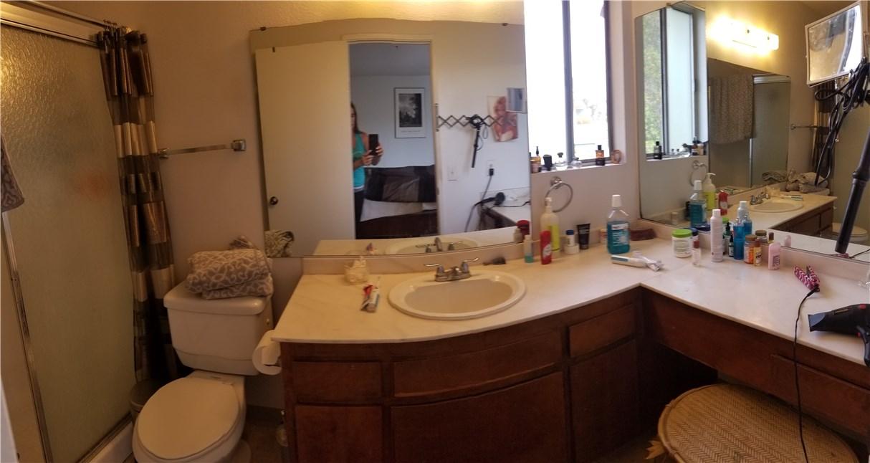 941 Baron Place, Escondido CA: http://media.crmls.org/medias/d91da798-dfbc-45da-a52f-68fa03efc0bf.jpg