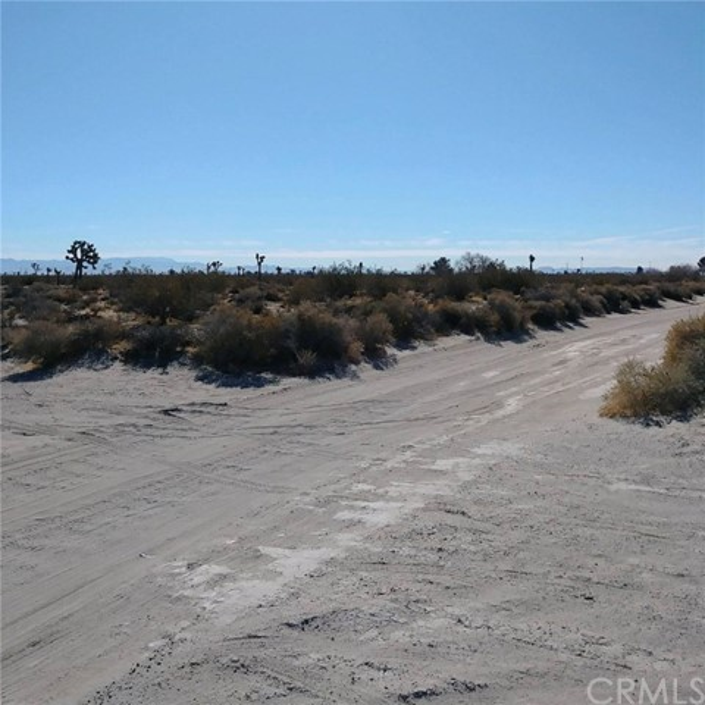 0 Plato/Sandburg Road Adelanto, CA 92301 - MLS #: CV18051582