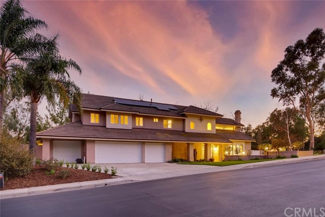 Photo of 9942 Foxrun Road, North Tustin, CA 92705