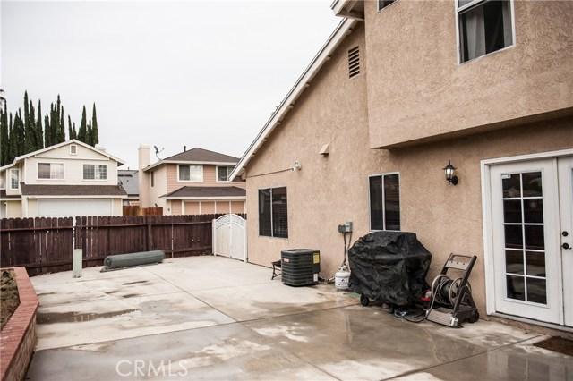 28570 Village Lakes Road, Highland, CA 92346, photo 6