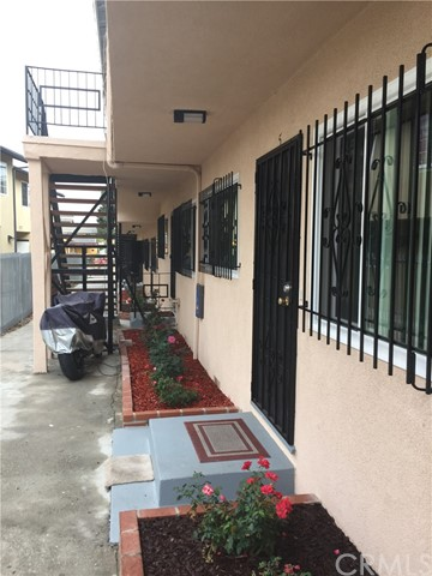 1330 W 106th Street Los Angeles, CA 90044 - MLS #: IV18245914
