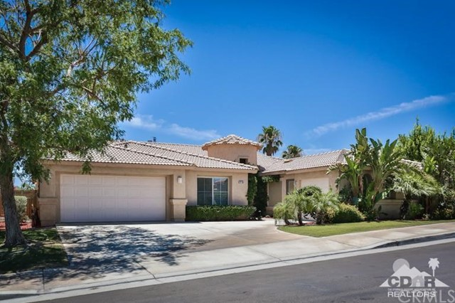 79755 Dandelion Drive La Quinta, CA 92253 is listed for sale as MLS Listing 216026664DA