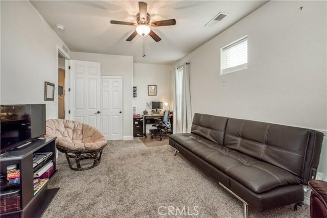 6062 N Torrey Pines Avenue, Fresno CA: http://media.crmls.org/medias/d94fdce7-6478-4b37-9d67-c1ffef256680.jpg