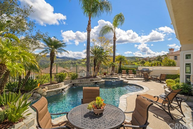 Photo of 18 Elkader, Rancho Santa Margarita, CA 92679