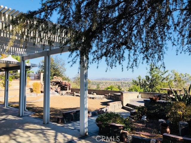 21100 Stockton Pass Rd, Walnut CA: http://media.crmls.org/medias/d9572829-9b86-498d-a031-76ef36faa140.jpg