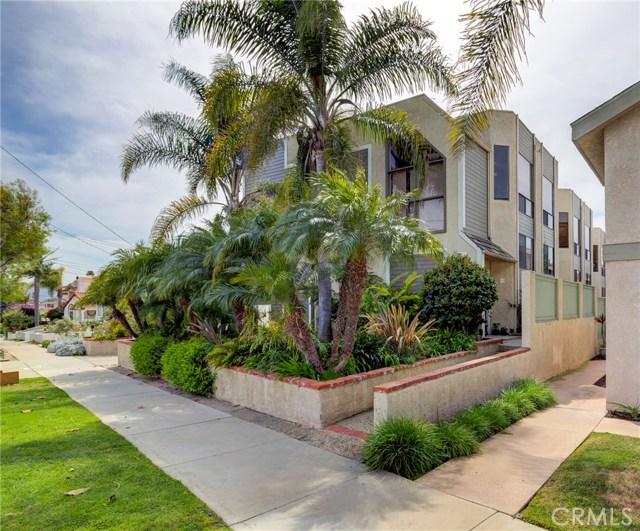 217 Helberta Avenue, Redondo Beach, California 90277, 3 Bedrooms Bedrooms, ,2 BathroomsBathrooms,Townhouse,For Sale,Helberta,SB19082570