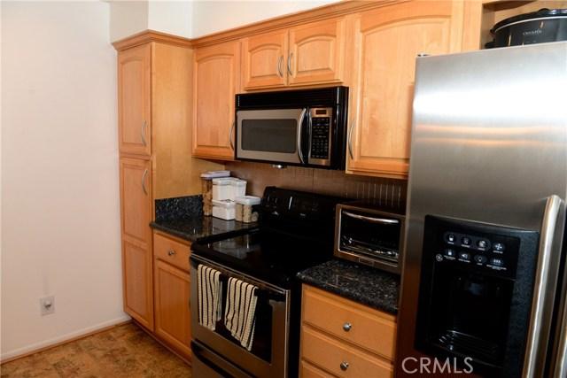 3511 Elm Avenue, Long Beach CA: http://media.crmls.org/medias/d97e9983-604e-4622-b4e5-70a771b457f1.jpg