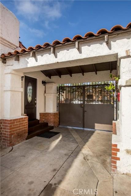 7806 Crenshaw Boulevard, Los Angeles CA: http://media.crmls.org/medias/d98d22b9-cbc4-4ba0-b50f-be06a10b998d.jpg
