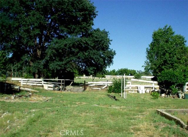 65 Chestnut Avenue, Red Bluff CA: http://media.crmls.org/medias/d98f916d-213f-43ee-8d18-f2c28bf76c06.jpg