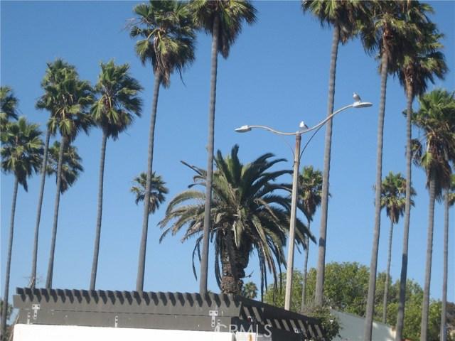 401 401-417 Pacific Coast Hwy, Redondo Beach CA: http://media.crmls.org/medias/d99c628d-9a7f-4218-ba31-193109734a41.jpg