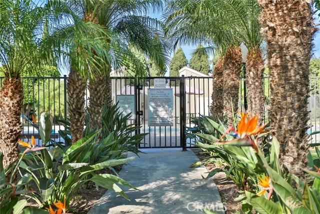 6712 Sun Drive, Huntington Beach CA: http://media.crmls.org/medias/d99c91a0-a1ec-40cb-937d-786cf303859d.jpg