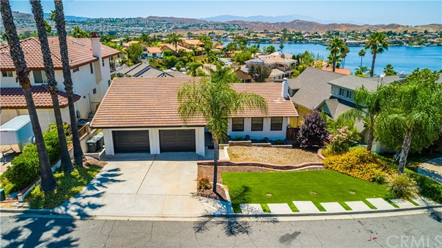 Photo of 29671 Bonanza Place, Canyon Lake, CA 92587