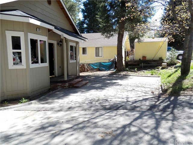 Single Family Home for Sale at 376 Lovers Lane Cedarpines Park, California 92322 United States