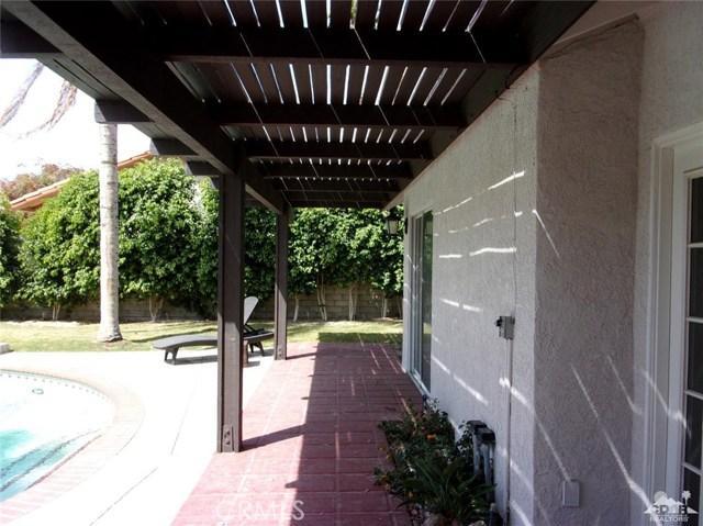 68885 los Gatos Road, Cathedral City CA: http://media.crmls.org/medias/d9b8d47a-96b0-40a9-827f-8abe49d2c38e.jpg