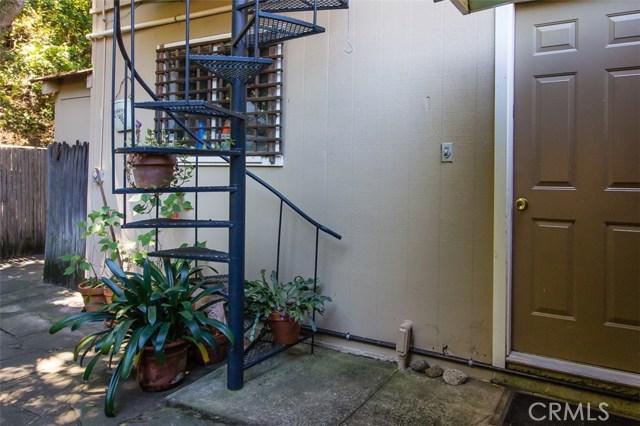 14705 Morro Road, Atascadero CA: http://media.crmls.org/medias/d9be0839-d8a6-4f2c-9cb8-1b61456e33a3.jpg