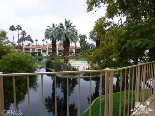 54493 Tanglewood, La Quinta CA: http://media.crmls.org/medias/d9c17e71-a488-42a3-84e6-d9bdf14ce0d8.jpg