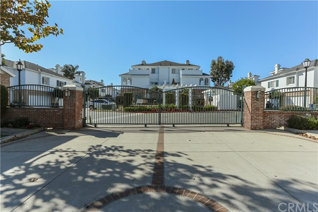 Detail Gallery Image 1 of 1 For 18775 Chapel Ln, Huntington Beach, CA 92646 - 3 Beds   2/1 Baths