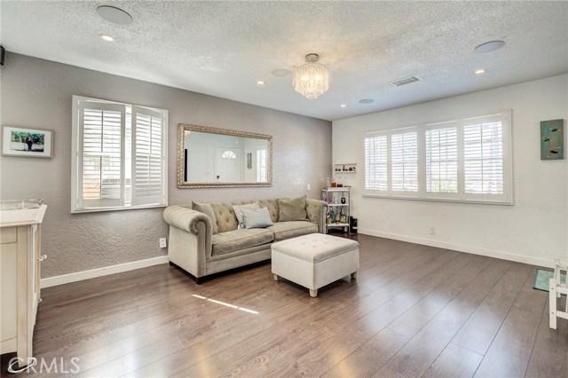 4724 W 161st Street, Lawndale CA: http://media.crmls.org/medias/d9c96b78-6a6d-4daa-af9b-1b8dd65fac56.jpg