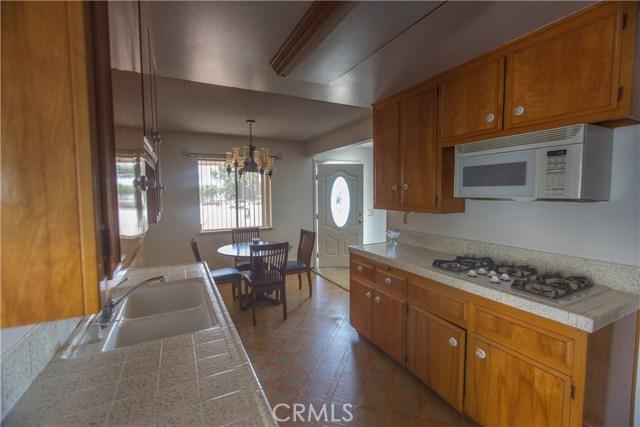 9486 Balsa Street, Rancho Cucamonga CA: http://media.crmls.org/medias/d9cb12a1-5403-4c9e-8968-d0931a799b49.jpg
