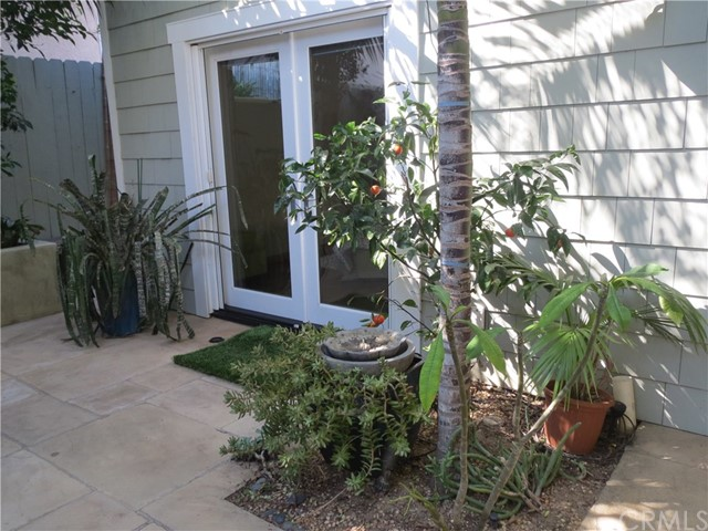 614 10th Street Huntington Beach, CA 92648 - MLS #: OC18044465