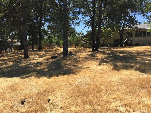 5373 Treasure Hill Drive, Oroville CA: http://media.crmls.org/medias/d9d873f7-0470-4c51-b204-2f1fab1645f4.jpg