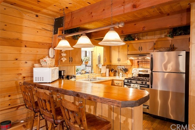 41992 Evergreen Drive Big Bear, CA 92315 - MLS #: PW18154287