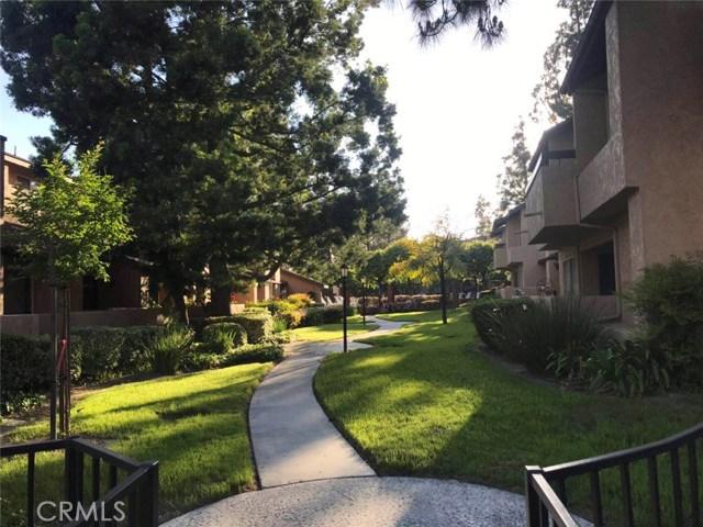 2736 Calle Ruiz, West Covina CA: http://media.crmls.org/medias/d9f62749-487a-4ae0-94ba-3afce03cb76f.jpg