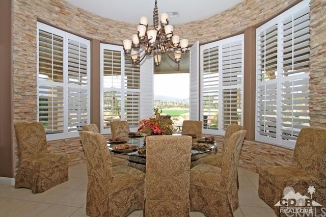 56435 Mountain View Drive, La Quinta CA: http://media.crmls.org/medias/da01111f-c36f-4111-ab6d-20e1352177cf.jpg