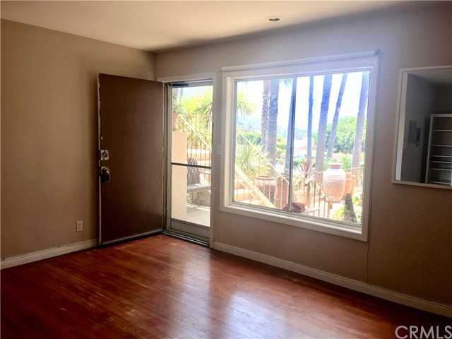 250 Cliff Drive Unit 10 Laguna Beach, CA 92651 - MLS #: OC18158634