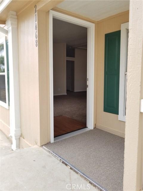 21468 Kinney Street, Perris CA: http://media.crmls.org/medias/da34aa65-2d7c-4e01-92c2-daa803fe1961.jpg