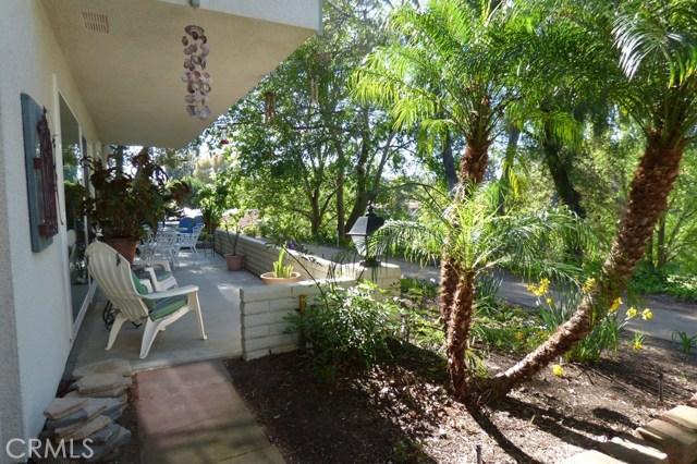 630 Avenida Sevilla, Laguna Woods CA: http://media.crmls.org/medias/da3a97e2-3451-48c2-8401-420c4e64cd7b.jpg