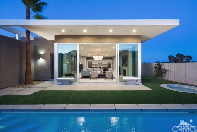 Photo of home for sale at 698 Dominion Lane, Palm Springs CA