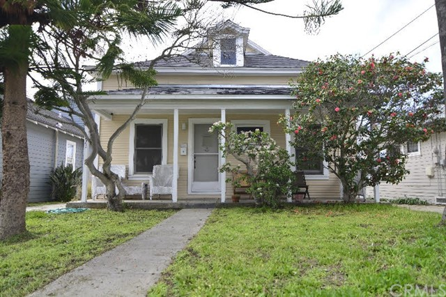 221 S Helberta Avenue Redondo Beach, CA 90277 is listed for sale as MLS Listing SB17029791