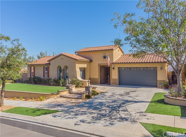 7837  Lady Banks, Corona, California