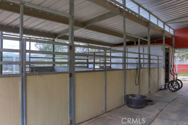 31434 Wyle Ranch Road, North Fork CA: http://media.crmls.org/medias/da536806-2f7b-4deb-b76f-401f60d8e1c5.jpg