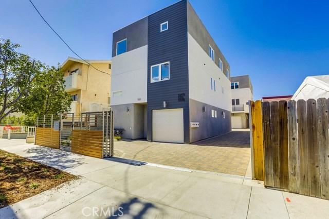 Quadraplex for Sale at 5313 Riverton Avenue 5313 Riverton Avenue North Hollywood, California 91601 United States