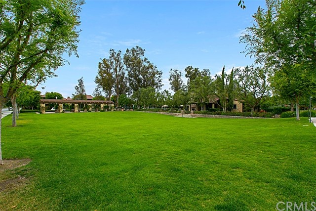 40 Secret Garden, Irvine CA: http://media.crmls.org/medias/da54f719-2087-461e-85fc-31c72a64d4fb.jpg