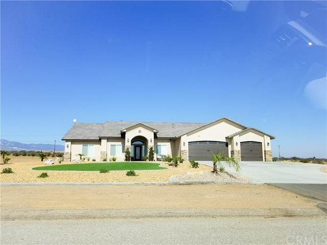 8089 Arrowhead Road Phelan, CA 92371 - MLS #: IV18184328