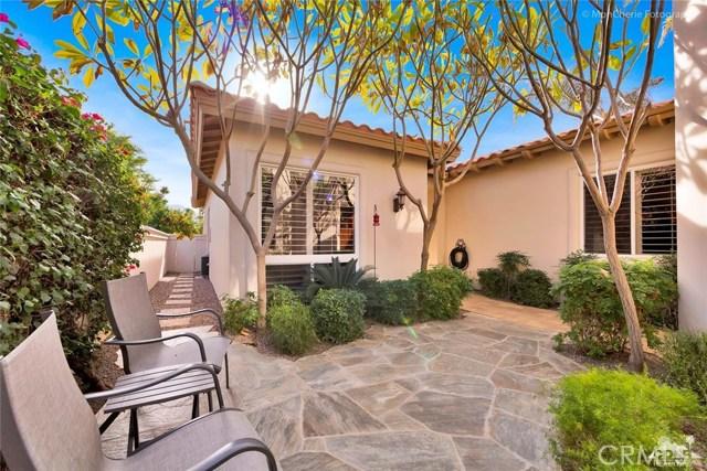 79840 Rancho La Quinta Drive, La Quinta CA: http://media.crmls.org/medias/da5c0524-587e-449f-9390-9ce1baebc897.jpg