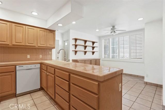 1099 Pine Oak Lane Pasadena, CA 91105 - MLS #: PW18009395