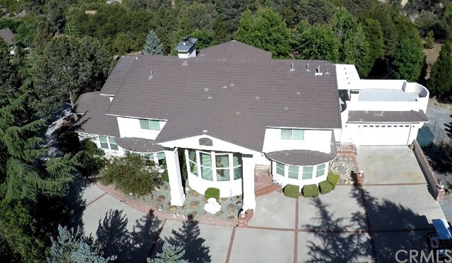 Single Family Home for Sale at 37043 Gold Shot Creek Road Mountain Center, California 92561 United States
