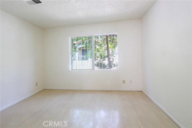 444 S Garfield Avenue, Monterey Park CA: http://media.crmls.org/medias/da77981f-5d34-49c9-8fb2-98021bfddeea.jpg