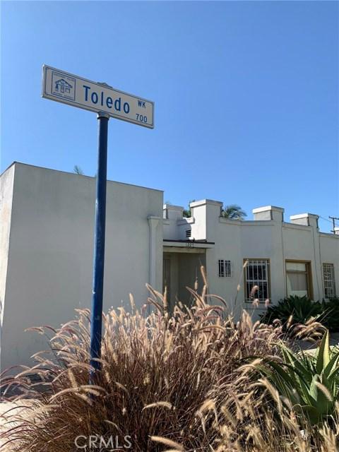1227 E 7th Street, Long Beach CA: http://media.crmls.org/medias/da86350f-7394-48b3-ae1a-f54f5adf24be.jpg