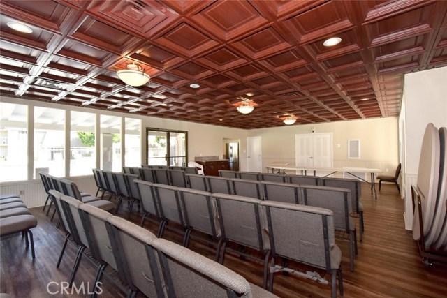 2147 W Banbury Cr, Anaheim, CA 92804 Photo 27