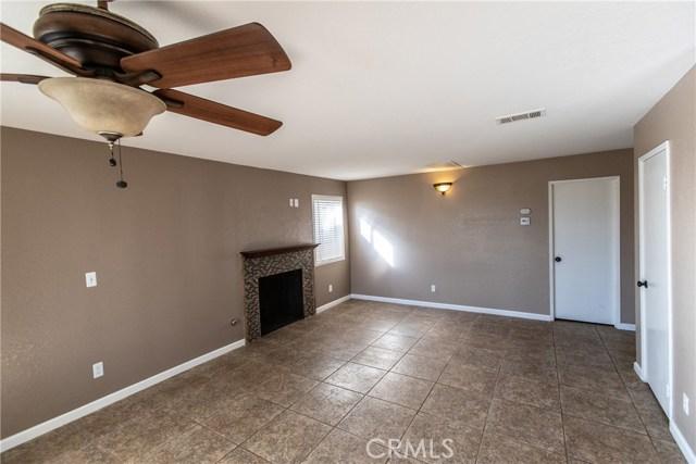 24365 Peppermill Drive, Moreno Valley CA: http://media.crmls.org/medias/dac1a2be-b11a-408c-9d33-73e40fa5dd6d.jpg