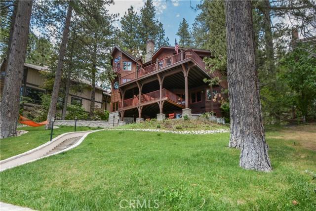 27433 N Bay Road, Lake Arrowhead CA: http://media.crmls.org/medias/dae69976-77df-4553-8792-e6cb598f03e3.jpg