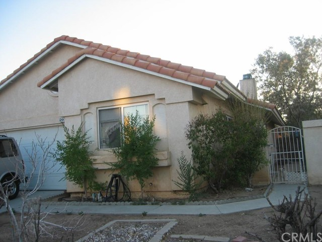 12364 Wedgewood Lane Victorville, CA 92395 is listed for sale as MLS Listing EV15152855