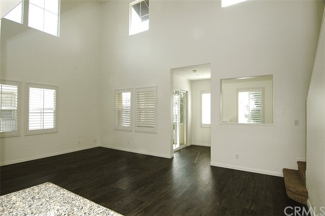 225 Lockford, Irvine, CA 92602 Photo 12