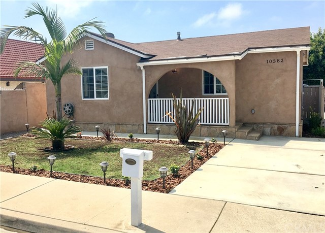 Single Family Home for Rent at 10382 Circulo De Villa Fountain Valley, California 92708 United States