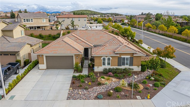 Photo of 32305 Pamilla Street, Winchester, CA 92596
